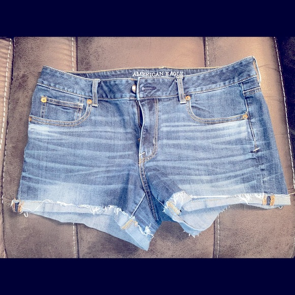 Shortie American Eagle Outfitters mini shorts